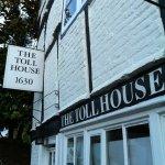 THE TOLL HOUSE GALLERY / The Toll House Gallery & Cafe